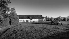 Barn (circa 1830) (Agirard) Tags: barn sunrise landscape old anciant vintage bw nb blackwhite noirblanc batis batis18 18mm 2818mm orleans island quebec canada