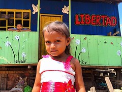 They need us to save their lives, to defend their rights, and to help them fulfill their potential. #WorldChildrenDay . Libertad = Freedom . Pucallpa, Peru. Oct 2018. #Storytelling #ChildrenFirst #TheyNeedUs (Renzo Grande) Tags: photography streetphotography street documentary photograph photo