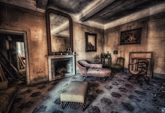 The best of times.... (lucino66) Tags: urbex decay abandoned abbandono decadenza indoor lucapucci italy villa