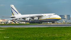 UR-82073 Antonov Airlines - Antonov An-124 (José M. F. Almeida) Tags: spotting lisboa lisbon lis lppt aircrafts airplane airport airlines airways aircraft ur82073 antonov design bureau an124