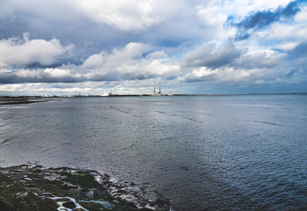 DUBLIN BAY [AS SEEN FROM BLACKROCK]-148109