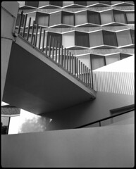 _img-120byn-0635-248 (Régis Nuuk) Tags: 75015 paris beaugrenelle 6x7 analog neg epsonv600 plaubelmakina67 bergger pont concrete