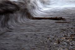 Risacca (luporosso) Tags: natura nature naturaleza naturalmente nikon nikond500 nikonitalia mare sea onde waves longexposure astratto abstract