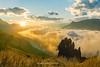 _J5K3193.1218.Hầu Thào.Sapa.Lào Cai (hoanglongphoto) Tags: happyplanet asia asian vietnam northvietnam northwestvietnam landscape scenery vietnamlandscape vietnamscenery vietnamscene sapalandscape morning nature sky clouds one sunny sunnymorning valley bluessky hdr canon canoneos1dsmarkiii canonef2470mmf28liiusm tâybắc làocai sapa hầuthào phongcảnh phongcảnhsapa thiênnhiên sapabuổisáng nắng nắngsớm bầutrời bầutrờimàuxanh mây thunglũng thunglũngmây tảngđá một 1