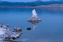 20140123_mono_lake_003 (petamini_pix) Tags: monolake california tufa lake reflection dawn blue bluehour landscape water