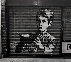 Oliver! (radio53) Tags: graffiti grafiti london southwark se1 cafe art