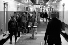 131 -1bwfwlcon1stpf (citatus) Tags: passengers waiting boarding eastbound go train toronto union station canada fall evening 2018 pentax k3 ii commuter commuters