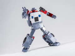 DSC00201 (KayOne73) Tags: sony a7riii nikon 40mm f 28 micro macro transformers toys figures 3rd party robot action masterpiece mp x transbots flipout wildrider stuntacon