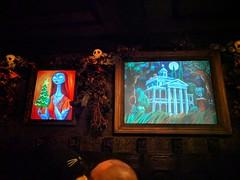 Hallway paintings, Haunted Mansion,  Disneyland, Anaheim, California, USA (gruntzooki) Tags: disneyland anaheim orangecounty losangeles la ca dl disney california usa hauntedmansion hauntedmansionholiday