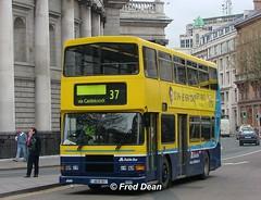 Dublin Bus RA317 (96D317). (Fred Dean Jnr) Tags: april2005 dublin dublinbus busathacliath dublinbusyellowbluelivery volvo olympian alexander r collegegreendublin dublinbusroute37 ra317 96d317 p488ufm