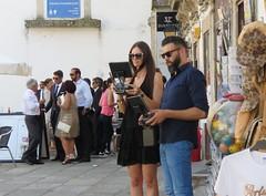 Navigating the drones (Elisa1880) Tags: lamego portugal marriages huwelijken trouwen guests gasten navigating drones navigeren besturen
