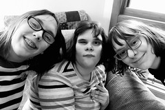 358:365 My loves (amp'ed) Tags: triplets sisters bw 365the2018edition 3652018 day358365 24dec18