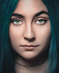 Daniela (netogarzaphoto) Tags: beautymty beauty retouch retrato blue bluehair portrait netogarza girl teen sexy eyes skin lips