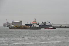 Causeway and Smt Panther (Hugo Sluimer) Tags: nlrtm onzehaven portofrotterdam port haven nederland zuidholland holland nikon nikond500 d500
