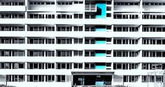 blue geometry (hdbrand) Tags: architektur ksrstufenhochhaus leicam10 leicasuperelmarm13421mmasph neuland wolfsburg detmerode