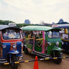 TukTuk in Japan (Namoik) Tags: rolleicord rolleicordiii kodak ektar100 kodakektar100 tuktuk canoscan 9000f