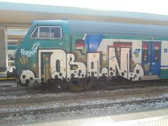747 (en-ri) Tags: coban pevs crew mf bianco nero rosso verde pallini train torino graffiti writing