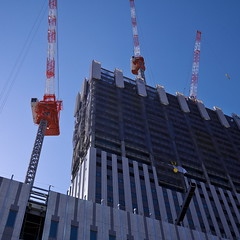 20190202_P1040579-1x1 (NAMARA EXPRESS) Tags: street 1x1 building construction structure crane daytime fine outdoor winter color umeda osaka japan silkypix ds61 panasonic lumix dmcgm1 gm1 20mm namaraexp