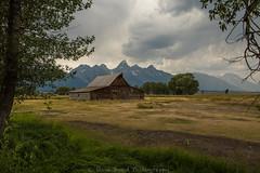 1dx8106414000000 (captured by bond) Tags: tetons grandtetons mormon mormonrow jacksonhole wyoming oldbarn barn clouds