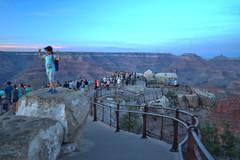 Mather Point Visitors 2018.06.05.20.43.16 (Jeff®) Tags: jeff® j3ffr3y copyright©byjeffreytaipale grandcanyon arizona unitedstates usa america nationalpark