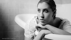 Marijn . . . (Geraldos ) Tags: shoot photoshoot marijn bw zw zwartwit monochrome mood atmosphere bath bad portrait portret scene tamron2470f28 nikon d850 geraldos geraldemming mualindaemming