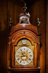A 1700-s William Webster masterpiece at the Barber-Surgeons' Hall (Мaistora) Tags: clock timepiece historic antique face arms time watchmaking watchmaker family dynasty webster exchange city squaremile london england britain uk culture tradition history guild worshipful lodge trade profession body union art craft mechanical masterpiece sony alpha ilce a6000 lightroom