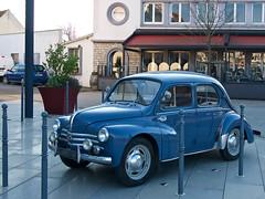 4CV Renault (pierre.pruvot2) Tags: france pasdecalais audinghen capgrisnez panasonic lumix gx80 renault 4cv vintage car fifties