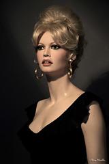 """BB  """"La femme et le pantin"""" movie style (Terry Minella) Tags: mannequin lifesize photo art sculpture brigittebardot bb 50s 60s"""
