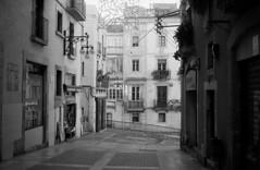 TGN Street 22 (carles.ml) Tags: olympus trip35 400 film bw street 35mm tarragona catalonia fomapan