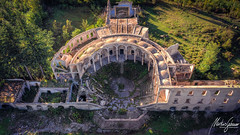 Things are bigger than they appear (MGness / urbexery.com) Tags: schloss castle palace palast drone forgotten places place lostplace mavic2pro above decay lost abandoned urbex urban exploration urbanexploration decayed floor corridor ruine ruins me dream abandones rusty steps urbexery chateau kastel creepy explorer rust orange window golden light wood holz stairs staircase windows broken dreams green treppenhaus abandone nature blue house step stair pilars columns sanatorium dome kuppel