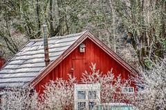 Winterzeit (simson60) Tags: schweden haus winter hdr rot schnee frost
