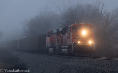 Foggy Coal (Vanakatherock) Tags: fog train coal bnsf georgia