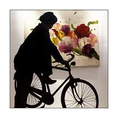 Silhouette (Jean-Louis DUMAS) Tags: vélo bicyclette bicycle abstrait abstraction abstract peintre peinture gallerie gallery artiste artistique artistic art silhouette