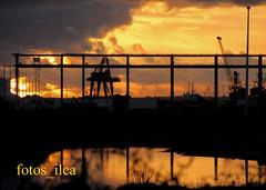 Pôr do Sol (fotos_ilca) Tags: portugal fotosilca 2018 pôrdosol sunset barreiro nuvens clouds reflexos outono autumn