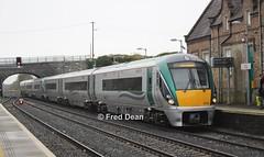ICR Sets 2 + 1 in Kildare. (Fred Dean Jnr) Tags: icr 22001 kildarestation kildare april2018 irishrail iarnrodeireann railcar intercityrailcar rotem 22002