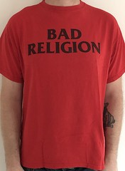#3152A Bad Religion - I'm A Latch Key Kid (Minor Thread) Tags: minorthread tshirtwars tshirt shirt vintage rock concert tour merch red badreligion i'malatchkeykid epitaph punk records