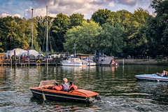 Come back soon (Melissa Maples) Tags: berlin deutschland germany europe apple iphone iphonex cameraphone park treptower spree river water orange paddleboat boat kids twins frank boys man