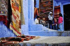Friends (MikyAgo) Tags: mikyago micheleagostini agostini nikon d90 2018 marocco maroc morocco africa trip travel viaggio ontheroad chefchaouen blu blue cittàblu bluecity chaouen chawen xauen bluepearl