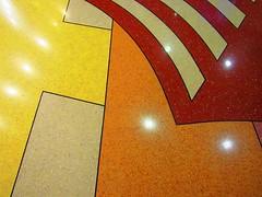 (anaritaperalta) Tags: pavimento geometrico chão