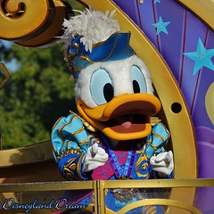 Donald Duck (Disneyland Dream) Tags: donld duck disney stars parade disneyland paris 25 park