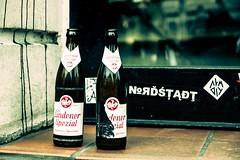 Hannover united (blende9komma6) Tags: hannover nordstadt germany united linden 30167 bier beer bottle nikon d7100 botton reflektion reflection urban city zusammen gemeinsam together jointly kiez stadtteil