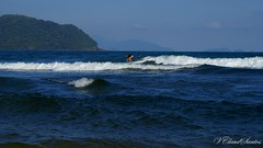 Waves & Surf - Ondas & Surf (VCLS) Tags: ubatuba sun summer surf brasil brazil vcls valmir onda water wave mar sea seascape landscape paisagem marinho girl surfer surfista surfando ocean oceano atlanticocean atlantico oceanoatlantico montanha mountain sky céu verão sol sport esporte action itamambuca praia beach