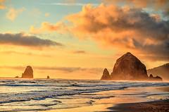 Haystack Rock at Sunset (aldenjack) Tags: haystack rock cannon beach oregon coast sunset alden jack aldenjack