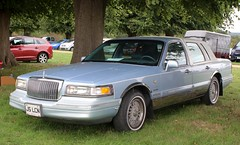 J5 LCN (1) (Nivek.Old.Gold) Tags: 1997 lincoln town car signature series 4600cc royalpalmcollection