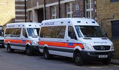 Metropolitan Police - BU12 AXN & BX12 KFP (999 Response) Tags: metropolitanpolice bu12axn bx12kfp metropolitan police london 999 mercedes benz sprinter hla hjc