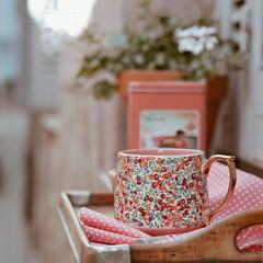 Desde mi ventana... (Irene Carbonell) Tags: tazas desayuno breakfast nikon 50mm