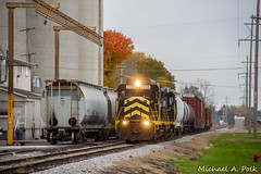 IN 2230 @ Quincy, MI (Michael Polk) Tags: indiana northeastern in 2230 gp30 emd freight train michigan quincy