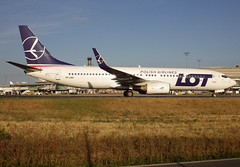 SP-LWA, Boeing 737-89P(WL), 30682 / 1673, LOT-Polish Airlines (Polskie Linie Lotnicze LOT S.A.), CDG/LFPG 2018-09-09, taxiway Alpha-Loop. (alaindurandpatrick) Tags: lot lotpolishairlines lo polskielinielotniczelotsa airlines splwa 306821673 737 737800 738 737nextgen boeing boeing737 boeing737800 boeing737nextgen jetliners airliners cdg lfpg parisroissycdg airports aviationphotography