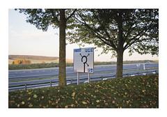 _PRE8304 (Jordane Prestrot) Tags: ♎ jordaneprestrot route road ruta autoroute highway autopista sign cartel panneau crépuscule dusk crepúsculo