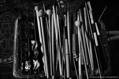 Arbeitsgeräte von Paul Lytton: drums (jazzfoto.at) Tags: sw bw schwarzweiss blackandwhite blackwhite noirblanc bianconero biancoenero blancoynegro zwartwit pretoebranco sony sonyalpha sonyalpha77ii alpha77ii sonya77m2 wwwjazzfotoat wwwjazzitat jazzitsalzburg jazzitmusikclubsalzburg jazzitmusikclub jazzfoto jazzphoto markuslackinger jazzinsalzburg jazzclubsalzburg jazzkellersalzburg jazzclub jazzkeller jazzit2018 jazz jazzsalzburg jazzlive livejazz konzertfoto concertphoto concertphotos liveinconcert stagephoto greatjazzvenue greatjazzvenue2018 downbeatgreatjazzvenue salzburg salisburgo salzbourg salzburgo austria autriche blitzlos ohneblitz noflash withoutflash concert konzert concerto concierto musiker musik music конце́рт